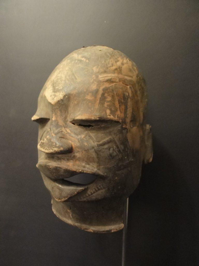 Heaume Makondé du Mozambique